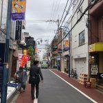 8.横の通りを直進